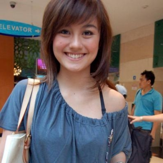 agnes monica before-after (7)